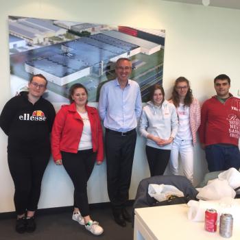 6 Organisatiehulp op bedrijfsbezoek bij Meli in Veurne.